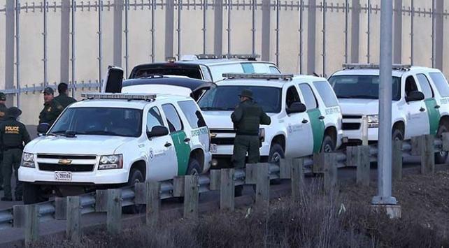 ABDde bir düzensiz göçmen daha gözaltında hayatını kaybetti