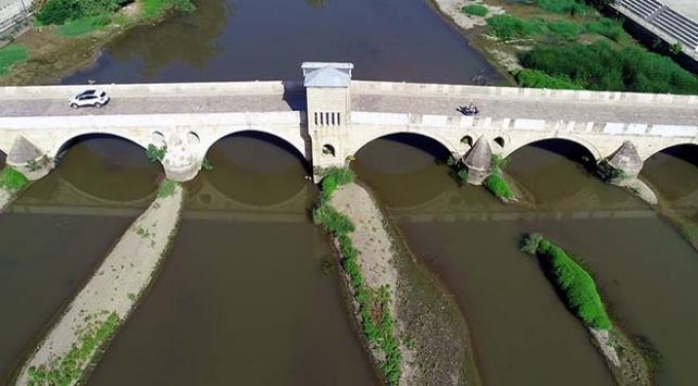 Tunca Nehrinde su seviyesi düştü, kum adacıkları ortaya çıktı