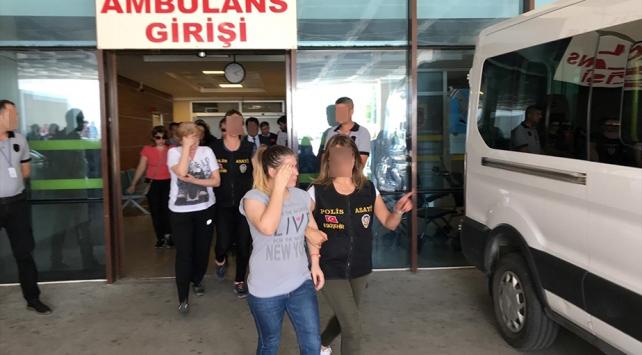 Sarar çiftini soyan hırsızlar Türkiyeye iade edildi