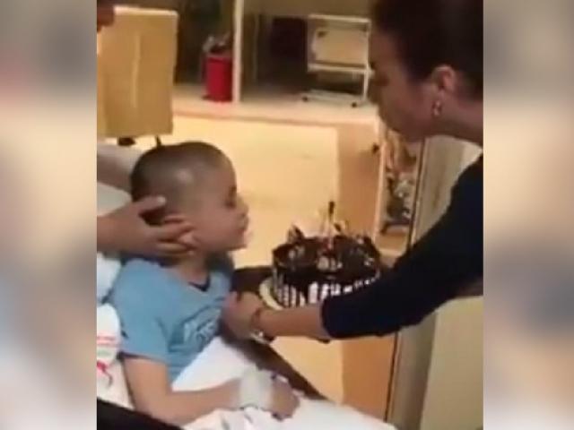 Epilepsi hastası Mehmete sağlıkçılardan doğum günü sürprizi
