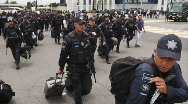 Meksikada polislerden Ulusal Muhafız Teşkilatına geçiş planı protestosu
