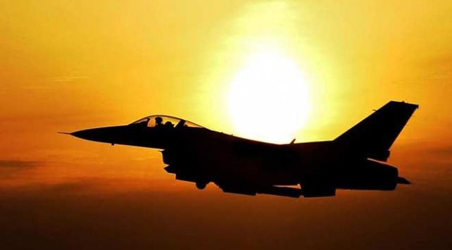 Libyada UMHye bağlı bir keşif uçağıyla irtibat kesildi