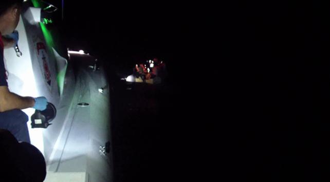 Kuşadası ve Didim açıklarında 104 düzensiz göçmen yakalandı