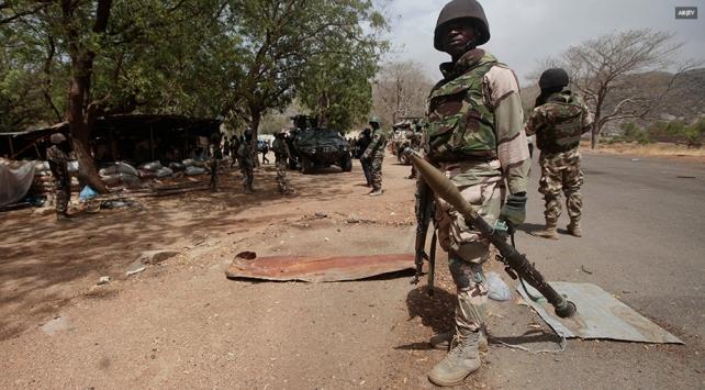 Nijeryada silahlı çetelere operasyon: 30 ölü