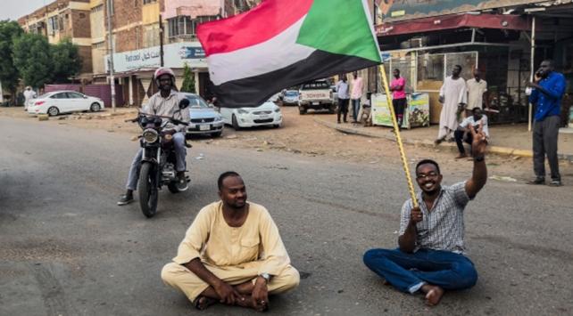 Sudanda dönüşümlü başkanlığın detayları belli oldu