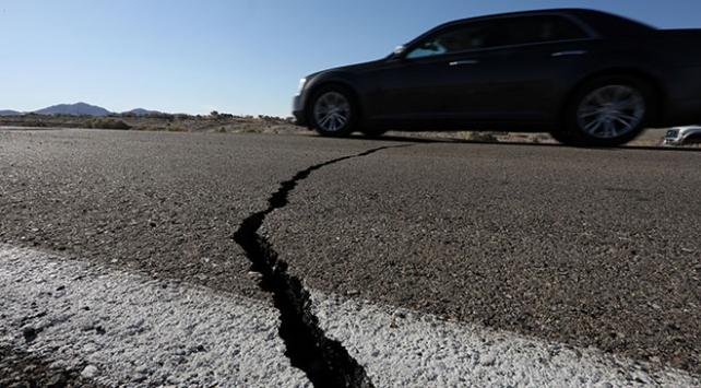 California depreminin ardından 1400den fazla artçı sarsıntı yaşandı