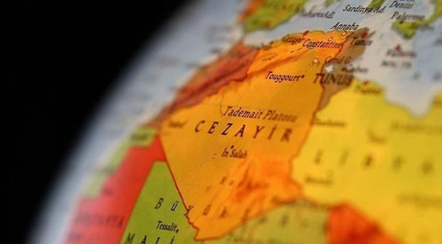 Cezayirde muhalefet diyalog için şartlarını açıkladı