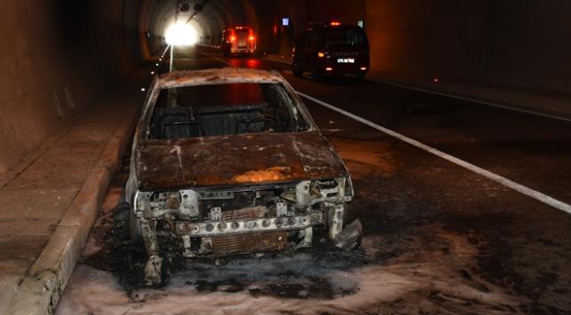 Amasra Tünelinde araç yangını