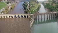 """Güneydoğu'da nehir ve çaylar """"kahverengi"""" akıyor"""
