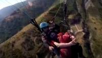 Tulum sanatçısı Balta, yamaç paraşütüyle uçarken tulum çaldı