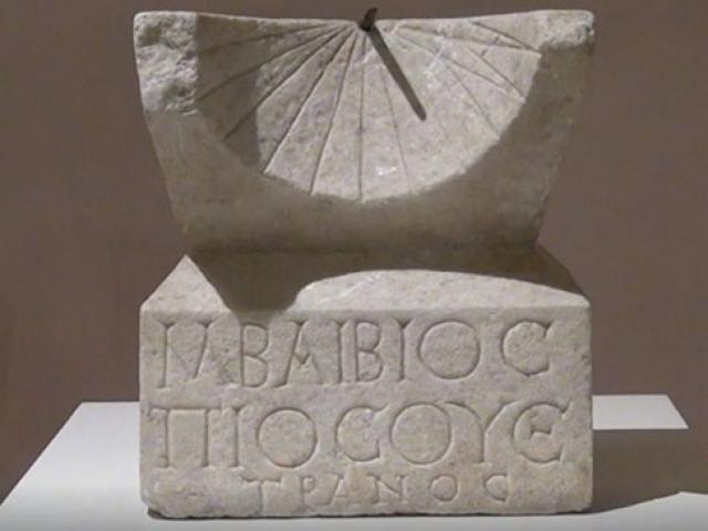 Roma dönemine ait güneş saati Çorum Müzesinde