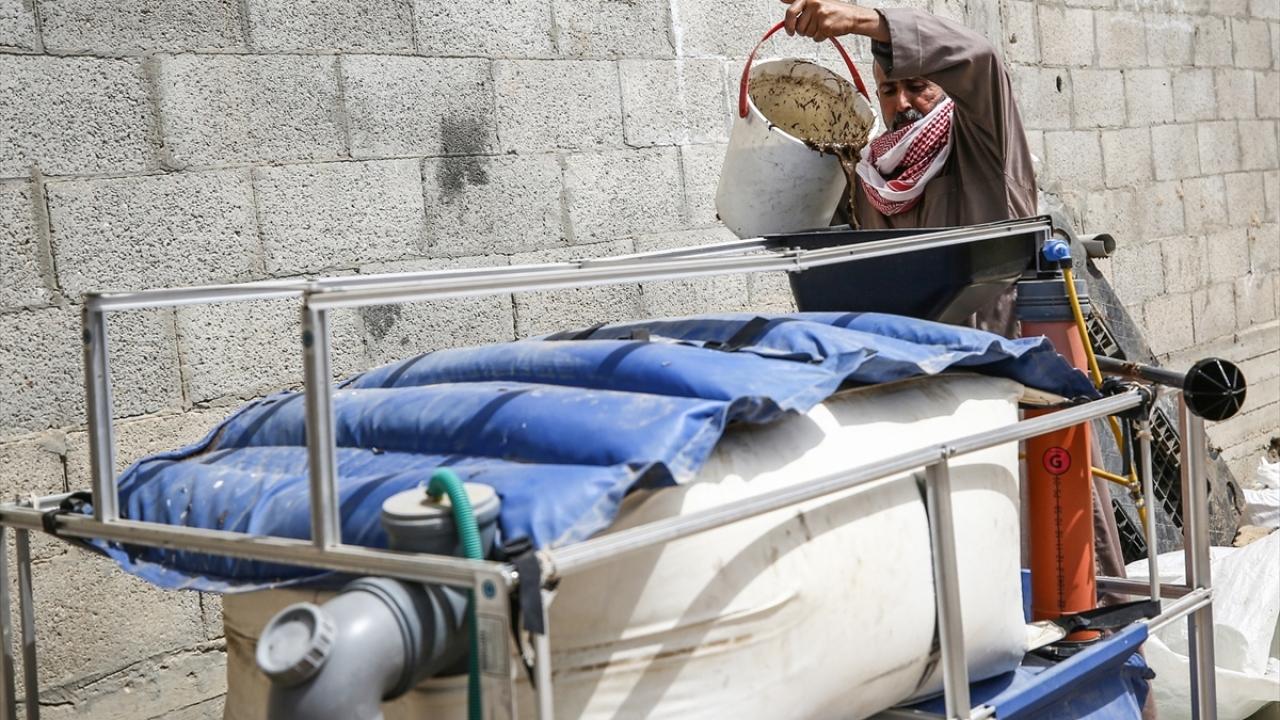 Gazzede hayvan gübresinden biyogaz üretimi yapılıyor