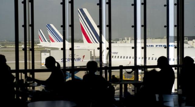 Fransa uçak biletlerinden çevre için vergi alacak