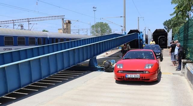 Gurbetçiler Türkiyeye arabalı trenle geliyor