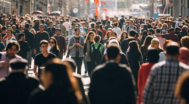 Türkiyenin nüfusu 20 yıl sonra 100 milyon olacak