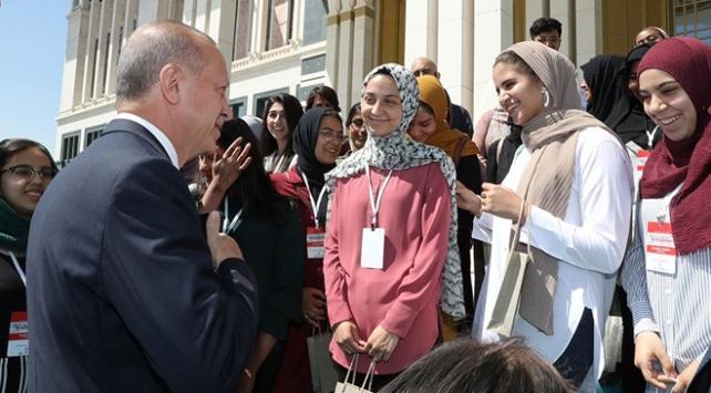 Cumhurbaşkanı Erdoğan Amerikalı öğrencileri kabul etti