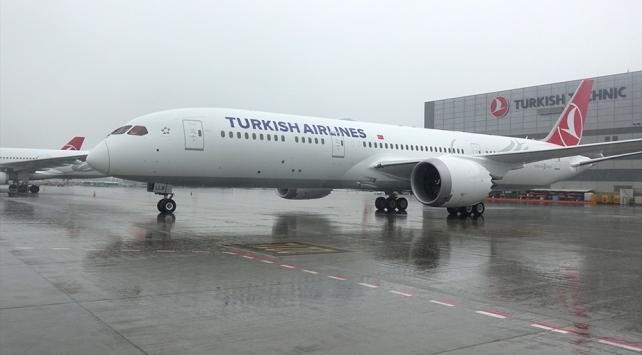 """THYnin ikinci """"rüya uçağı"""" İstanbula geldi"""