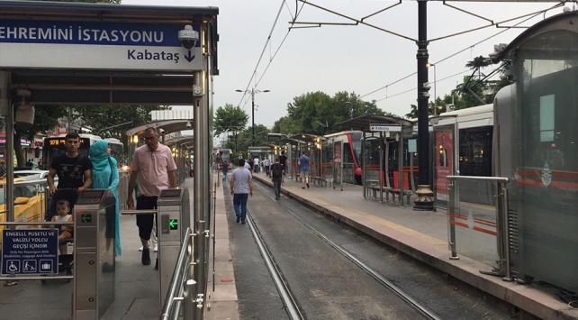Kabataş-Bağcılar tramvay hattında arıza: Seferler yeniden başladı
