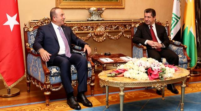 Bakan Çavuşoğlu, IKBY Başbakanı Barzani ile telefonda görüştü
