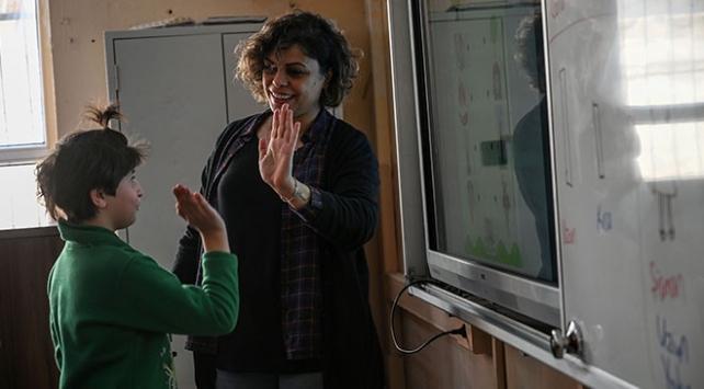 Öğretmenler doğal afetlere karşı bilgilendiriliyor