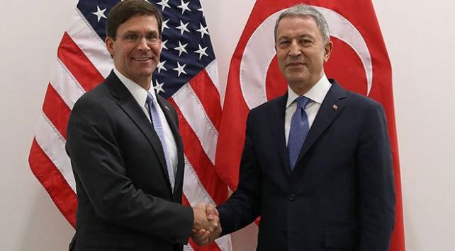 Milli Savunma Bakanı Akar, ABD Savunma Bakan Vekili ile görüştü