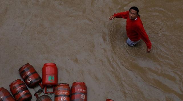 Nepalde sel ve toprak kaymaları: 45 ölü