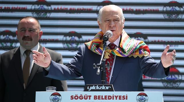 Bahçeli: Türkiye sistem tartışmalarını uzlaşmayla kapattı