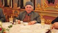 Gazeteci Eygi kitaplarını Cumhurbaşkanlığı Külliyesi'ne bağışladı