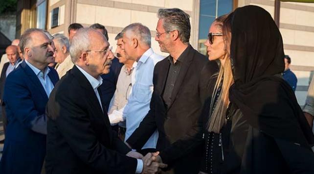 Kılıçdaroğlundan Fıratın ailesine taziye ziyareti