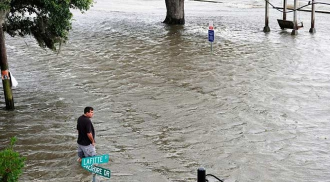 ABDdeki Barry Kasırgası tropikal fırtınaya dönüştü