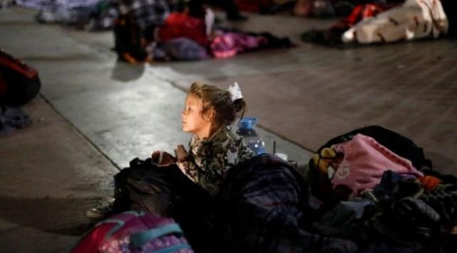 ABDde yasa dışı göçmenlere yönelik baskınlar başladı