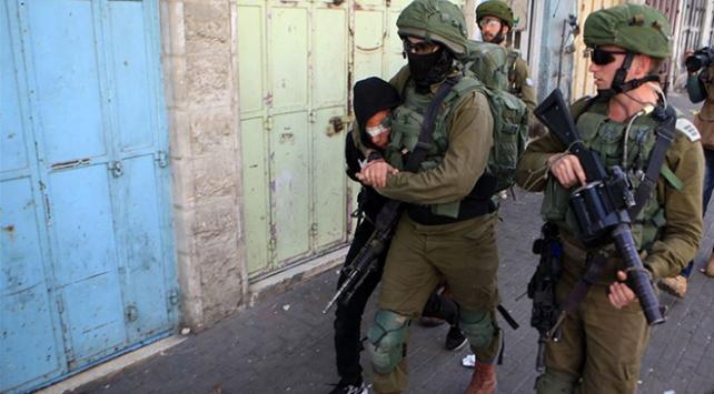 İsrail 7 ayda 2 bin 759 Filistinliyi gözaltına aldı