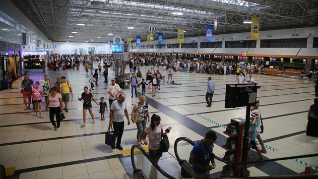 Antalya'ya hava yoluyla gelen yolcu sayısı arttı
