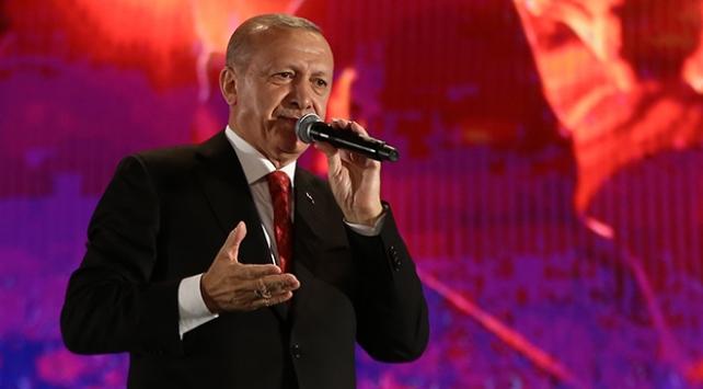 Cumhurbaşkanı Erdoğan: Ruhlarını iblise satan müptezeller Türkiyeyi ele geçiremeyecek
