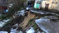 Zonguldak'ta heyelan: 4 katlı bina boşaltıldı