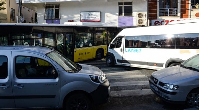 Sancaktepede trafik kazası: 1 ölü, 3 yaralı