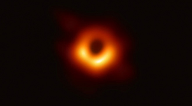 NASAdaki Türk profesör kara deliklerin sırlarını anlattı