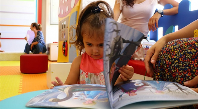 Türkiyenin ilk bebek kütüphanesi Şarköyde