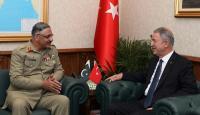 Bakan Akar Pakistan Genelkurmay Başkanı'nı kabul etti