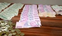 Dilencinin üzerinden 36 bin liraya yakın para çıktı