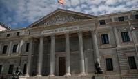 Katalanlardan İspanya'da hükümet kurulması için 'referandum' şartı