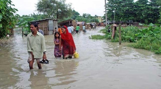 Nepaldeki sel ve toprak kaymalarında ölü sayısı 88e yükseldi