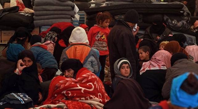 Terör örgütü YPG/PKK mülteci kadınlara şantaj yapıyor