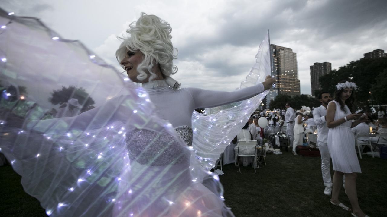 New Yorkta Diner En Blanc etkinliği