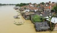 Hindistan'daki selde ölü sayısı 136'ya çıktı