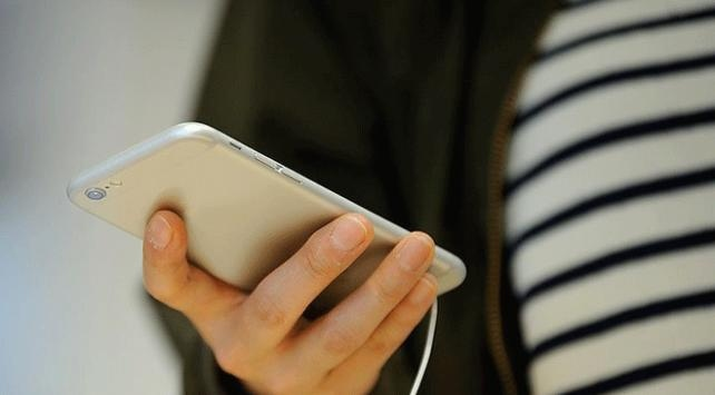 Yurt dışından yolcu ile gelen telefon ücreti bin 500 lira oldu