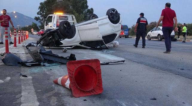 Sürücülerin gişe inadı kazaya neden oldu