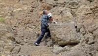 Samsun'da yamaçta mahsur kalan köpek kurtarıldı