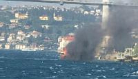 Üsküdar açıklarında tekne yangını