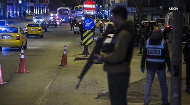 Ankarada asayiş uygulaması: 5 bin 234 kişinin kimlik bilgileri sorgulandı